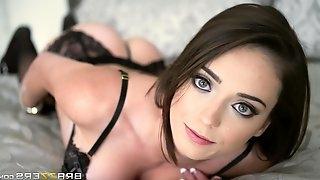 Posh Slender Vixen Sucks Erected Dick In The Bedroom